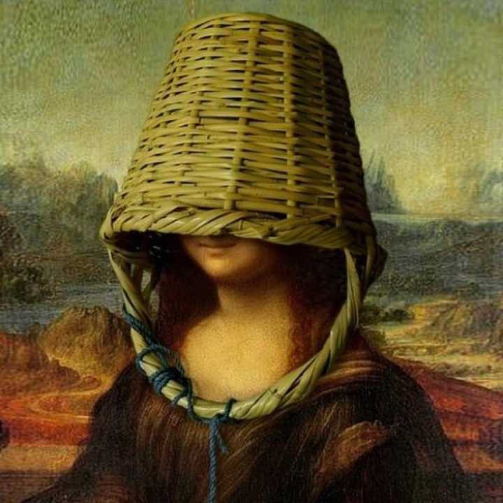Mona Lisa puts a basket on her head to cover her face